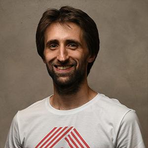 Артем Бабак